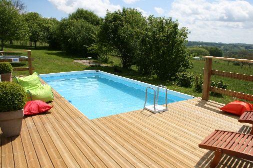 Gites and b b la grange vieille - Zwembad in het terras ...